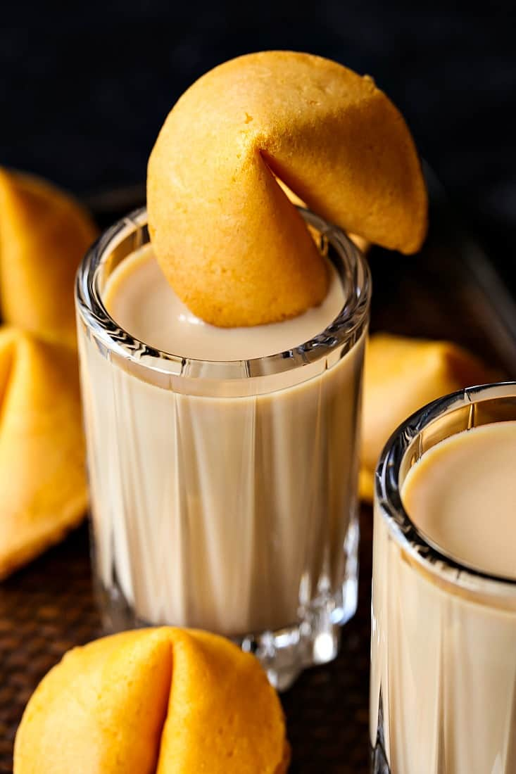 fortune cookie shot recipe for new year's eve and holiday parties