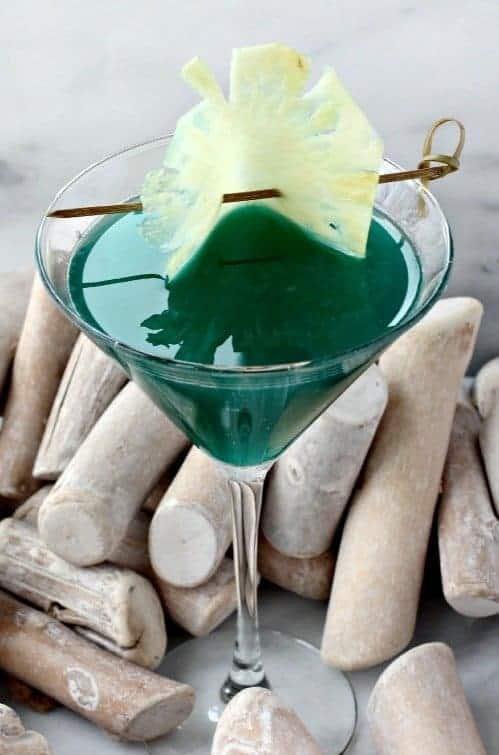 Seven Seas Martini Recipe   Amaretto and Blue Curacao Cocktail