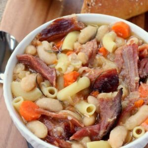 Slow Cooker Pasta Fagioli is the ultimate comfort food soup!
