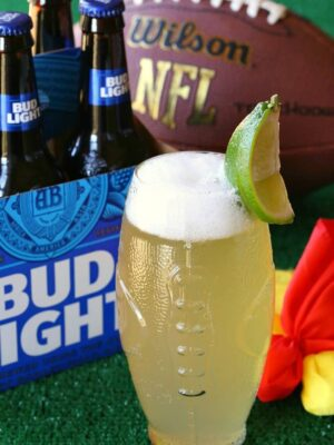 Make a Dilly Dilly Drink and cheer on the Philadelphia Eagles!
